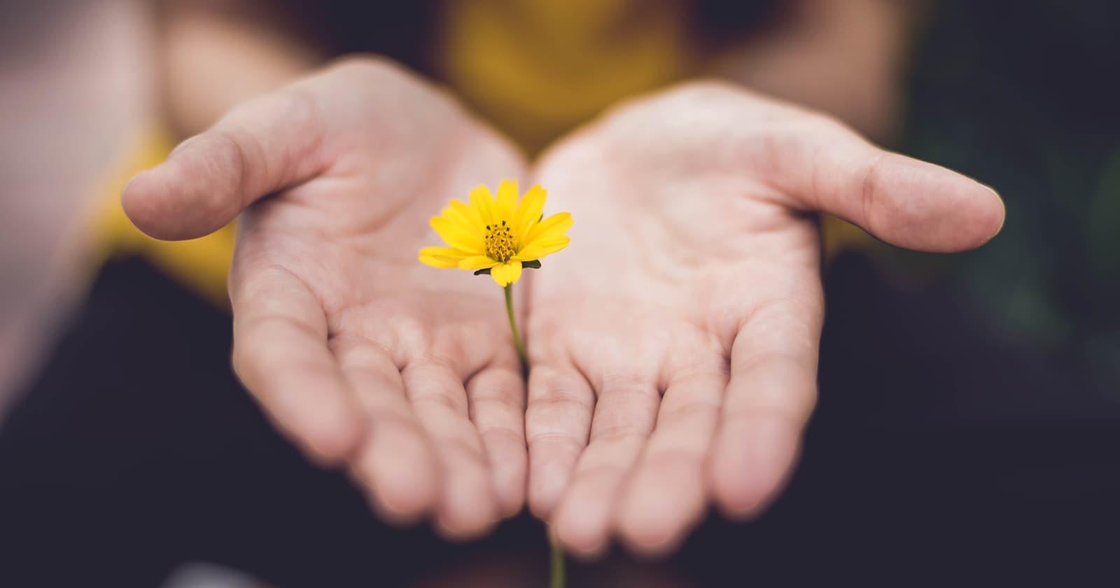 Alături unii de ceilalți: consiliere psihologică pentru cei aflați în carantină sau autoizolare